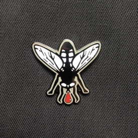 La Mouche Enamel Badge